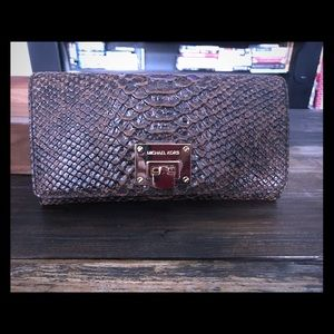 Michael Kors Wallet (Astrid Embossed Leather)